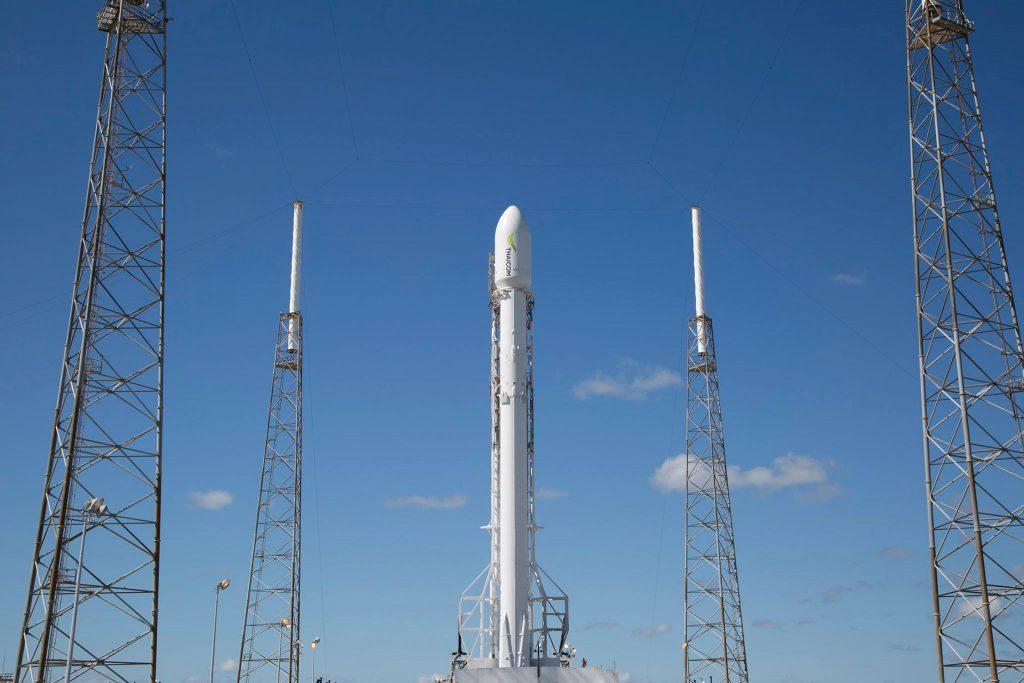Falcon 9 SpaceX выведет на орбиту телекоммуникационный спутник THAICOM 8